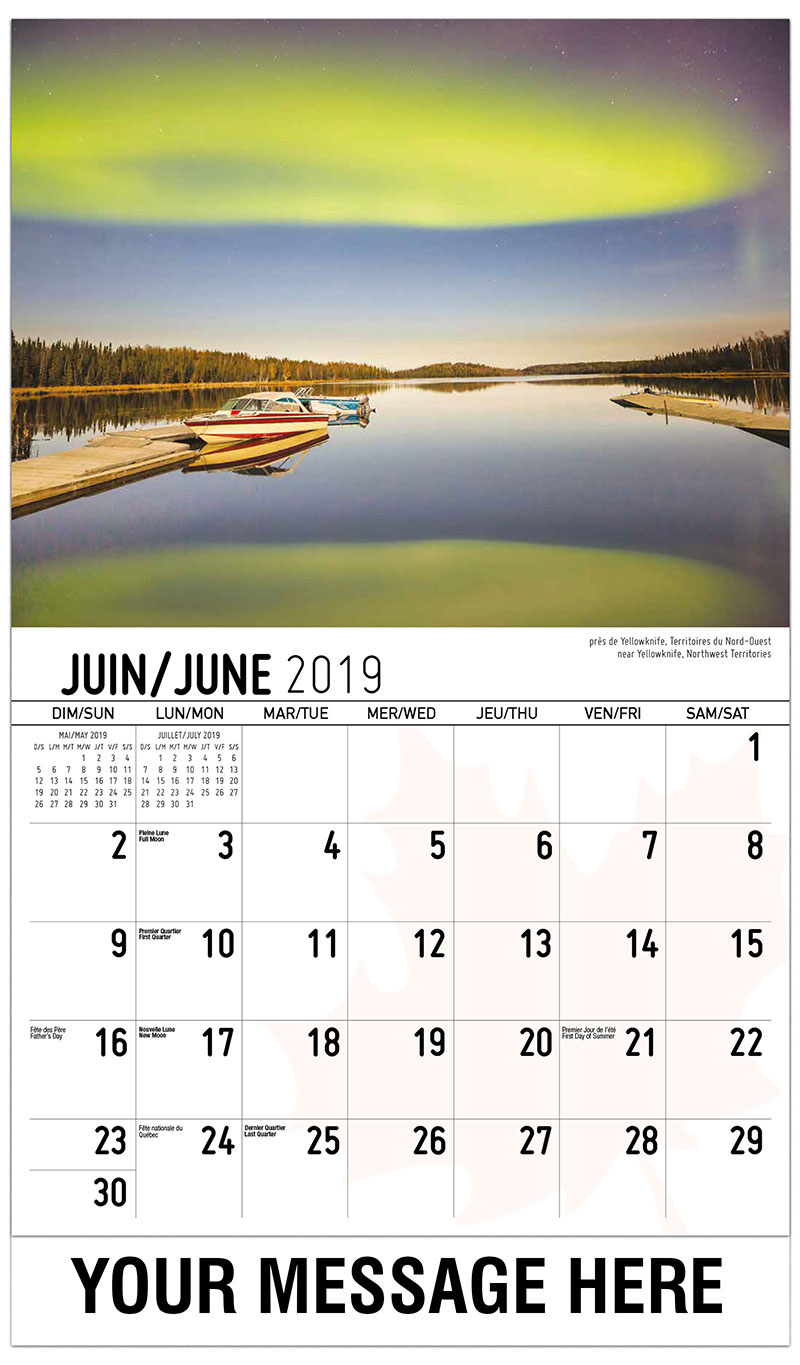 2019 French-English Promotional Calendar - Northern Lights Near Yellowknife, Northwest Territories - June